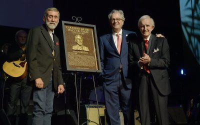 Ray Stevens Officially Inducted into the Country Music Hall of Fame