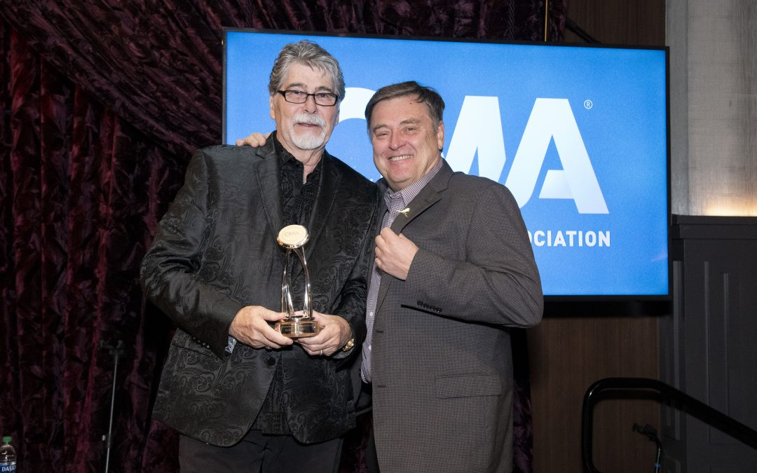 ALABAMA's Randy Owen Receives CMA Foundation Humanitarian Award