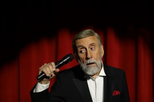 Ray Stevens' CabaRay Reopens this Weekend
